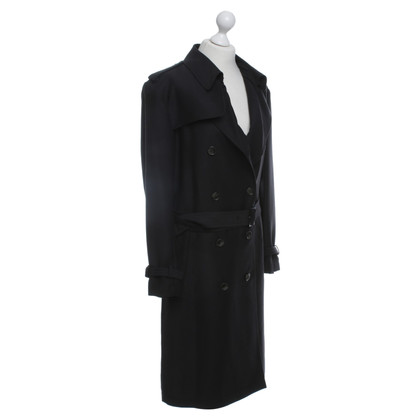 Closed Trenchcoat in black