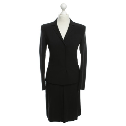 Prada Elegant costume in black