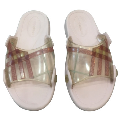 Burberry Mules in roze