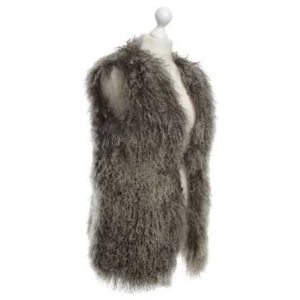 Karl Donoghue Lamb fur vest