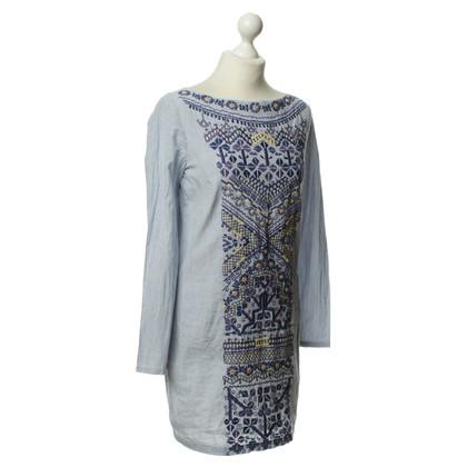 Antik Batik Kleid mit Stickerei