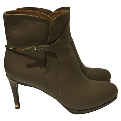 Patrizia Pepe Ankle boots in taupe
