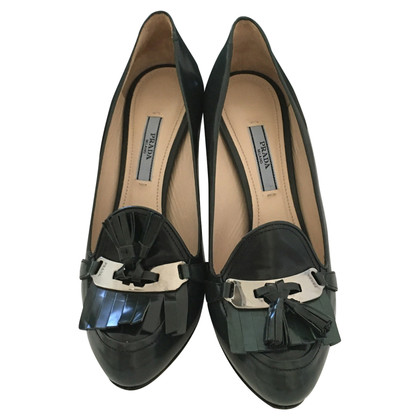 Prada pumps green