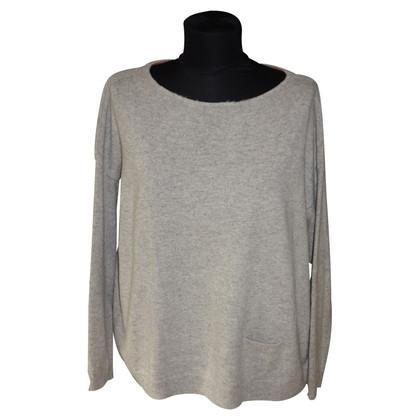 Schumacher Cashmere sweater in light gray