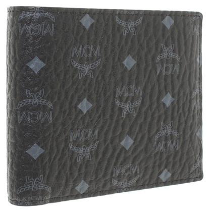 MCM '' Claus M-F2 Wallet '' in black