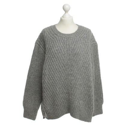 Closed Pullover in Grau