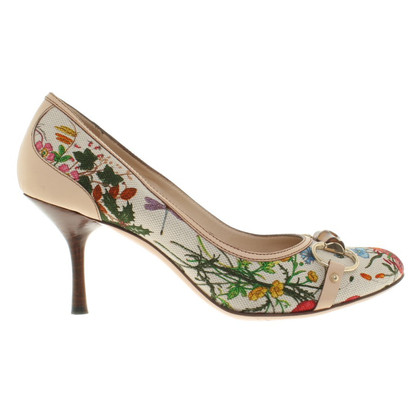 Gucci pumps with floral pattern