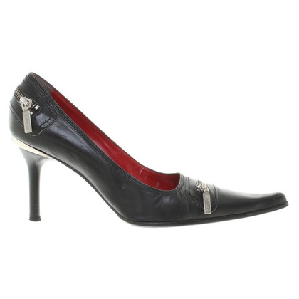 Luciano Padovan pumps in black