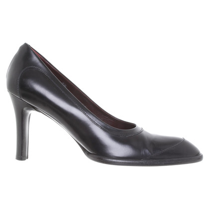 Tod's Leather pumps in black