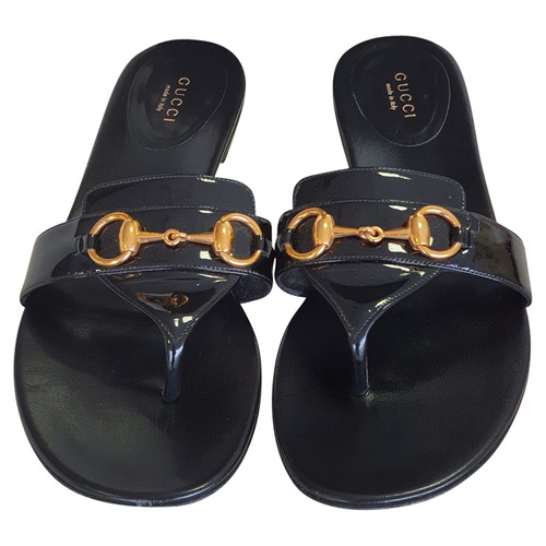 d2297c201a3b Gucci Sandals Patent leather in Black - Second Hand Gucci Sandals ...