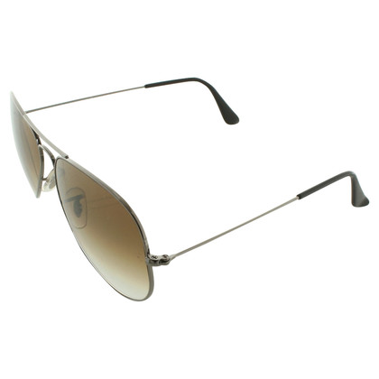 Ray Ban Sunglasses aviator style