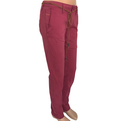 Hugo Boss trousers in fuchsia