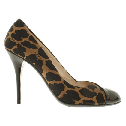 Fendi pumps with pattern