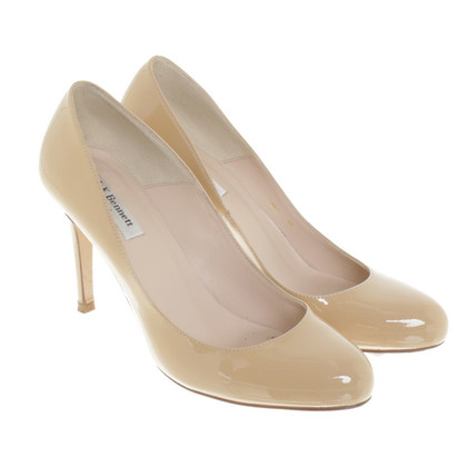 L.K. Bennett Lacquer leather-pumps in beige