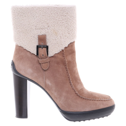 Tod's Ankle boots with fur trim