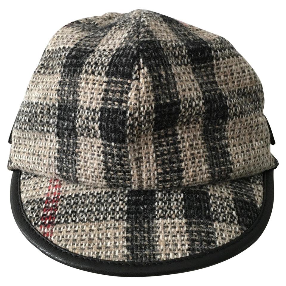 Burberry Basque beret