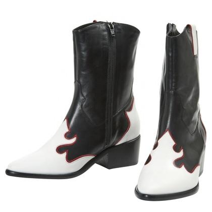 Maje Stivali in bianco e nero