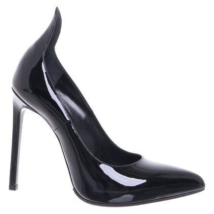 Saint Laurent pumps in patent leather