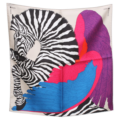 Hermès Silk scarf with pattern