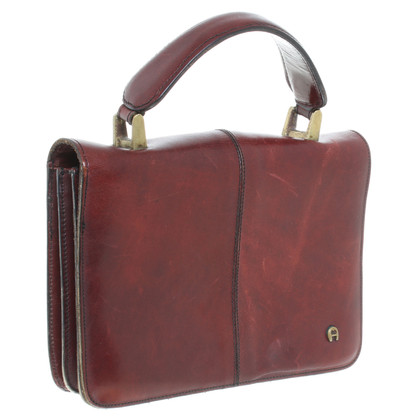 Aigner Tasche in Bordeauxrot