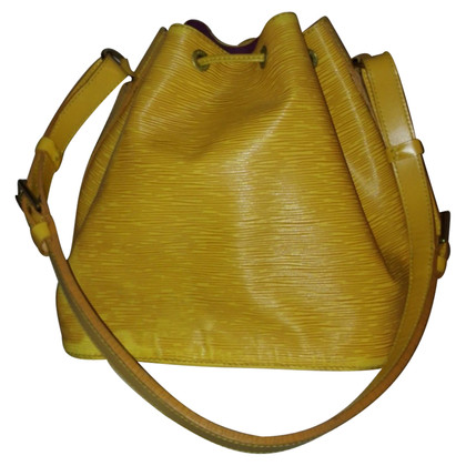 "Louis Vuitton ""Petit Noé EPI' in giallo"