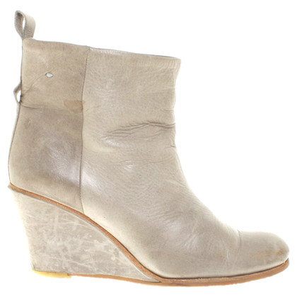 Humanoid Ankle Boots in Gray