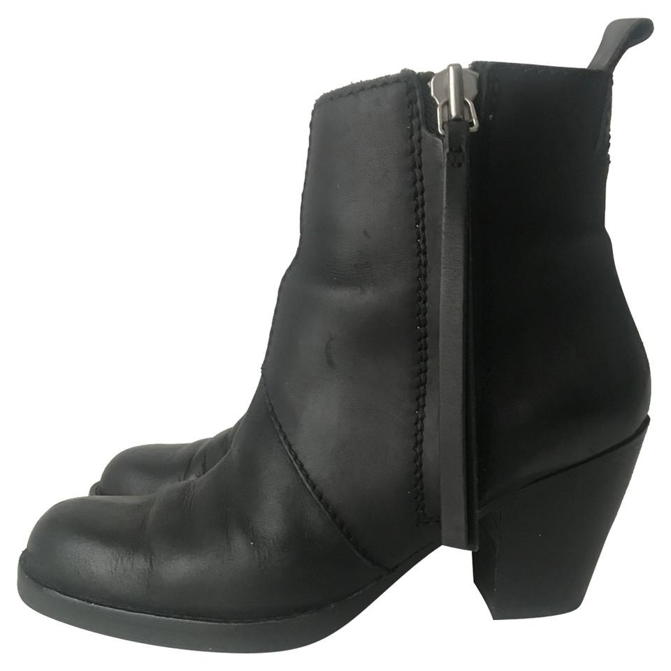 acne pistol boots koop tweedehands acne pistol boots voor 169 00 2474144. Black Bedroom Furniture Sets. Home Design Ideas