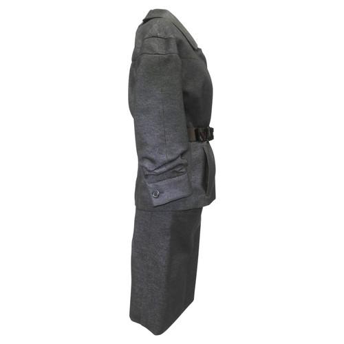 Louis Vuitton Costume avec ceinture - Acheter Louis Vuitton Costume ... 6fc49fcfaf2