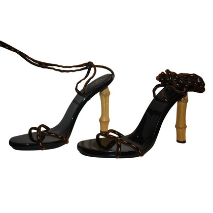 Gucci HIgh heels bamboo collection
