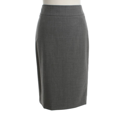 Hugo Boss skirt in grey
