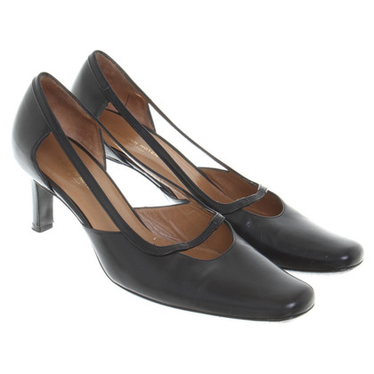 Dries van Noten Leather pumps in black