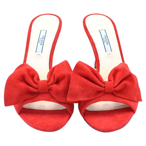 bba86faf429 Prada Sandals Suede in Red - Second Hand Prada Sandals Suede in Red ...