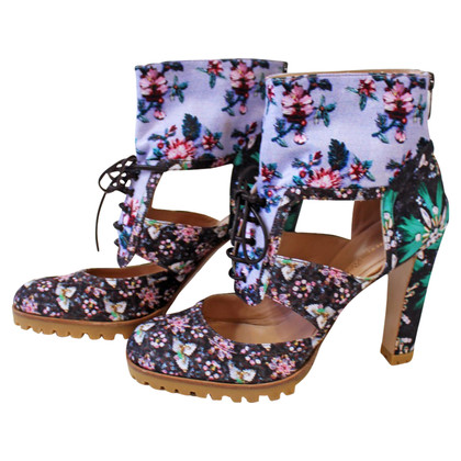 Gianvito Rossi Ankle boots with a floral pattern
