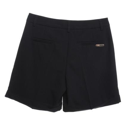 Blumarine Shorts in Schwarz