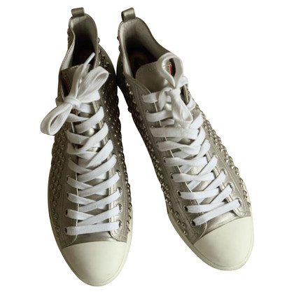Prada Leder-Sneakers mit Nieten