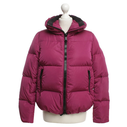 Moncler Down jacket in fuchsia