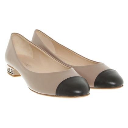 Chanel Ballerinas in brown