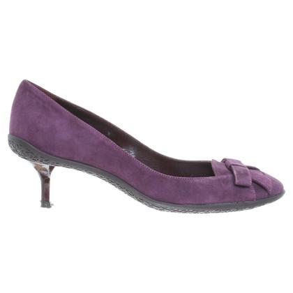 Donna Karan Wildleder-Pumps in Violett