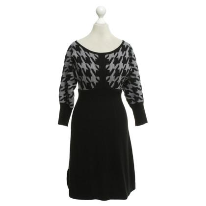 Karen Millen Knit dress with pattern