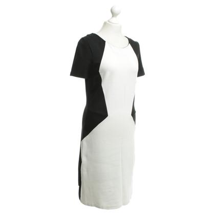 Hugo Boss Dress in black / white