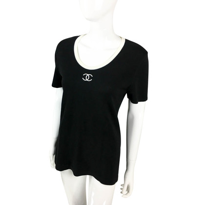 Chanel T-shirt with logo