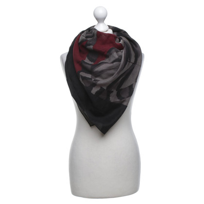Yves Saint Laurent Scarf made of wool / silk