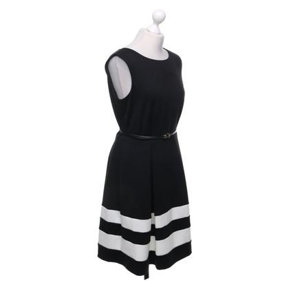 Calvin Klein Robe en noir / crème
