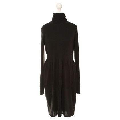 Burberry Turtleneck dress in black