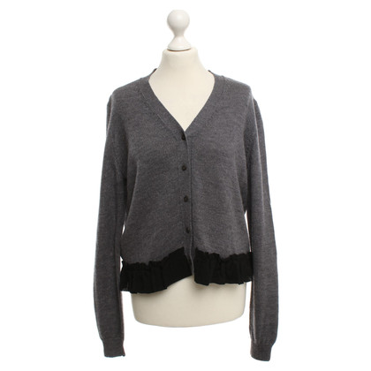 Miu Miu Strickjacke in Grau