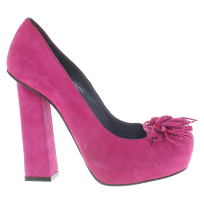 Pollini pumps in purple