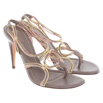 Hugo Boss Stiletto's in taupe