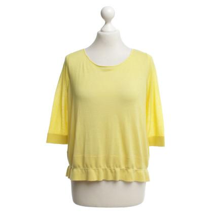 Schumacher Knitwear in lemon yellow