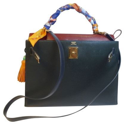 "Hermès ""Kelly Bag 32"" from Box Calf Leather"