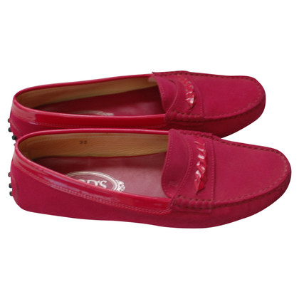 Tod's Moccasins in fuchsia